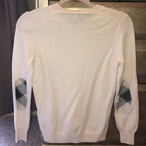 100% CASHMERE BURBERRY SWEATER